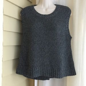 Banana Republic Cropped Sleeveless Sweater Small